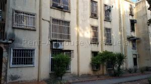 Apartamento En Ventaen San Joaquin, La Pradera, Venezuela, VE RAH: 22-386
