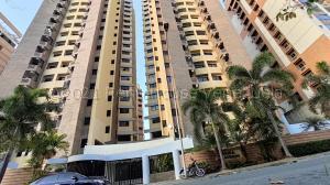 Apartamento En Ventaen Valencia, La Trigaleña, Venezuela, VE RAH: 22-418