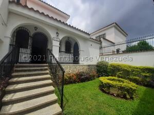Casa En Ventaen Valencia, Trigal Centro, Venezuela, VE RAH: 22-431