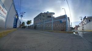Local Comercial En Ventaen Chichiriviche, Playa Sur, Venezuela, VE RAH: 22-446
