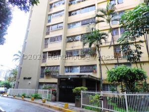 Apartamento En Ventaen Los Teques, Ramo Verde, Venezuela, VE RAH: 21-26665