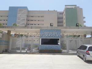 Apartamento En Ventaen Higuerote, Agua Sal, Venezuela, VE RAH: 22-466
