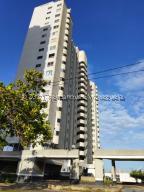 Apartamento En Ventaen Margarita, Avenida Bolivar, Venezuela, VE RAH: 22-450