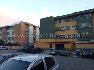 Apartamento En Ventaen Valencia, Guataparo, Venezuela, VE RAH: 22-362
