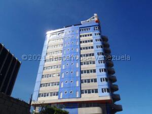 Oficina En Ventaen Parroquia Maiquetia, Pariata, Venezuela, VE RAH: 22-537
