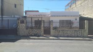 Casa En Ventaen La Victoria, Bolivar, Venezuela, VE RAH: 22-551