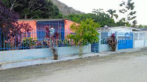 Casa En Ventaen Municipio Del Sol, El Playon, Venezuela, VE RAH: 22-553