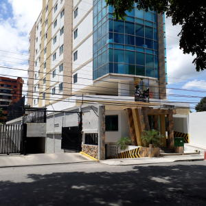 Oficina En Ventaen Maracay, La Arboleda, Venezuela, VE RAH: 22-563