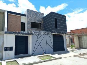 Casa En Ventaen Cagua, La Ciudadela, Venezuela, VE RAH: 22-604