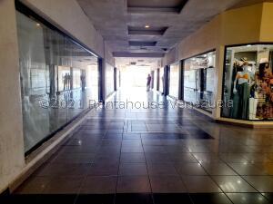 Local Comercial En Ventaen Coro, Sector Bobare, Venezuela, VE RAH: 22-608