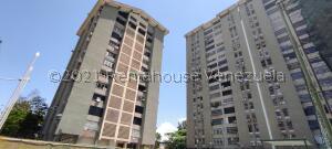 Apartamento En Ventaen Maracay, Urbanizacion El Centro, Venezuela, VE RAH: 22-615