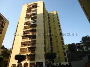 Apartamento En Ventaen Los Teques, El Trigo, Venezuela, VE RAH: 22-644