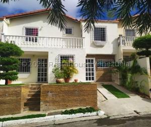 Casa En Ventaen Barquisimeto, Parroquia Santa Rosa, Venezuela, VE RAH: 22-893