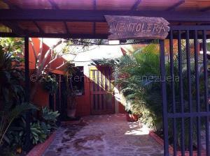 Casa En Alquileren Caracas, Macaracuay, Venezuela, VE RAH: 22-677