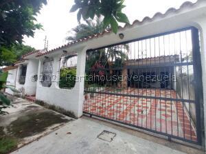 Casa En Ventaen Valencia, La Trigaleña, Venezuela, VE RAH: 22-788