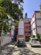 Apartamento En Ventaen Caracas, El Valle, Venezuela, VE RAH: 22-746