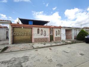 Casa En Ventaen Cagua, La Ciudadela, Venezuela, VE RAH: 22-768