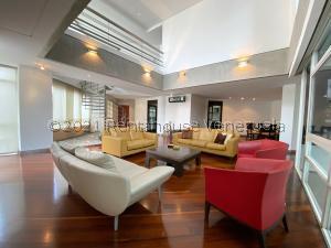 Apartamento En Ventaen Caracas, Altamira, Venezuela, VE RAH: 22-786