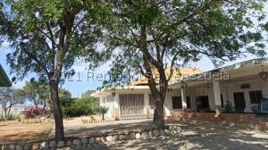 Casa En Ventaen Punto Fijo, Zarabon, Venezuela, VE RAH: 22-794