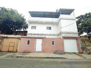 Casa En Ventaen Cagua, Centro, Venezuela, VE RAH: 22-827