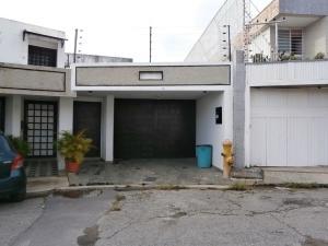 Casa En Ventaen Caracas, Colinas De Santa Monica, Venezuela, VE RAH: 22-835