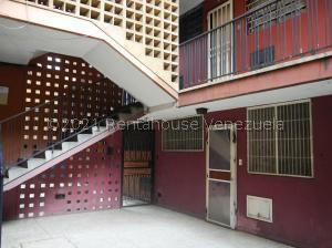 Apartamento En Ventaen Barquisimeto, Centro, Venezuela, VE RAH: 22-845