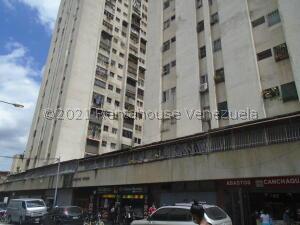 Apartamento En Ventaen Caracas, Parroquia Santa Teresa, Venezuela, VE RAH: 22-865