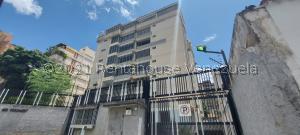 Apartamento En Ventaen Caracas, El Paraiso, Venezuela, VE RAH: 22-881