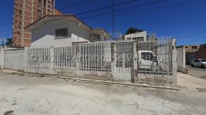 Casa En Ventaen Barquisimeto, Centro, Venezuela, VE RAH: 22-912