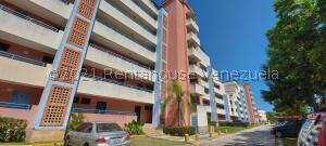 Apartamento En Ventaen Higuerote, Agua Sal, Venezuela, VE RAH: 22-906