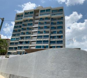 Apartamento En Ventaen Catia La Mar, Playa Grande, Venezuela, VE RAH: 22-1029