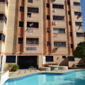 Apartamento En Ventaen Tucacas, Tucacas, Venezuela, VE RAH: 22-1074