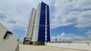 Apartamento En Ventaen Maracaibo, Avenida Bella Vista, Venezuela, VE RAH: 22-970