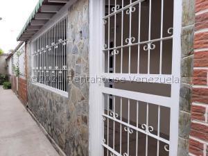 Casa En Ventaen Cagua, Prados De La Encrucijada, Venezuela, VE RAH: 22-1070