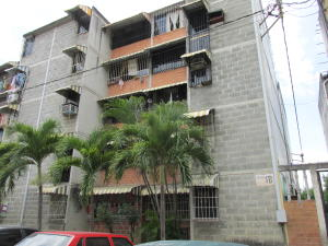 Apartamento En Ventaen Guatire, Parque Alto, Venezuela, VE RAH: 22-1032