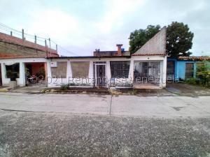 Casa En Ventaen Cua, Lecumberry, Venezuela, VE RAH: 22-1073