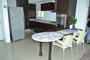 Apartamento En Alquileren Maracaibo, El Milagro Norte, Venezuela, VE RAH: 22-1119