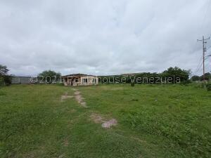 Terreno En Ventaen Cabudare, Parroquia Cabudare, Venezuela, VE RAH: 22-1174