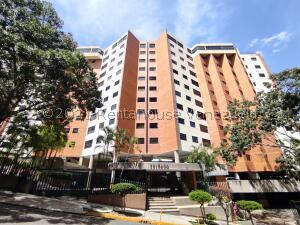 Apartamento En Ventaen Valencia, El Bosque, Venezuela, VE RAH: 22-1203