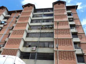 Apartamento En Ventaen Guarenas, Nueva Casarapa, Venezuela, VE RAH: 22-1188