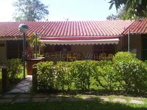 Townhouse En Ventaen Higuerote, Palm Beach, Venezuela, VE RAH: 22-1365