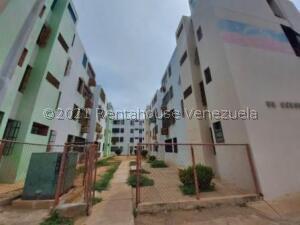 Apartamento En Alquileren Maracaibo, Circunvalacion Uno, Venezuela, VE RAH: 22-1227