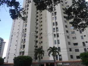 Apartamento En Ventaen Municipio Naguanagua, La Granja, Venezuela, VE RAH: 22-1567