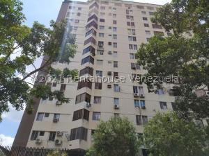 Apartamento En Ventaen Valencia, El Bosque, Venezuela, VE RAH: 22-1255