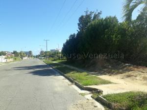 Terreno En Ventaen Higuerote, Puerto Encantado, Venezuela, VE RAH: 22-1370