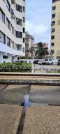 Apartamento En Ventaen Catia La Mar, Playa Grande, Venezuela, VE RAH: 22-1258