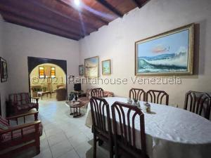 Casa En Ventaen Punto Fijo, Centro, Venezuela, VE RAH: 22-1272