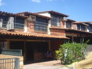 Casa En Ventaen Guatire, La Rosa, Venezuela, VE RAH: 22-1279