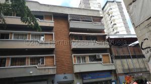 Apartamento En Ventaen Caracas, Parroquia La Candelaria, Venezuela, VE RAH: 22-1289