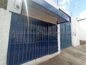 Galpon - Deposito En Alquileren Barquisimeto, Centro, Venezuela, VE RAH: 22-1327